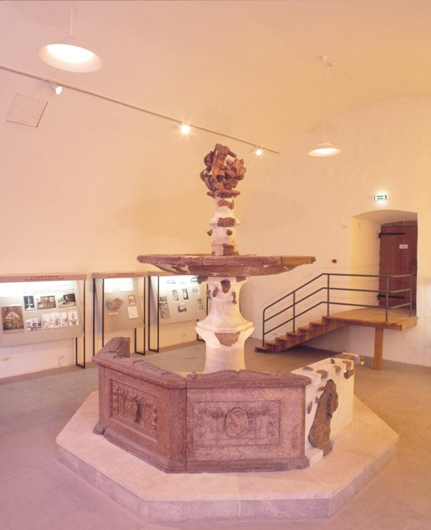 kiralyi-palota-09